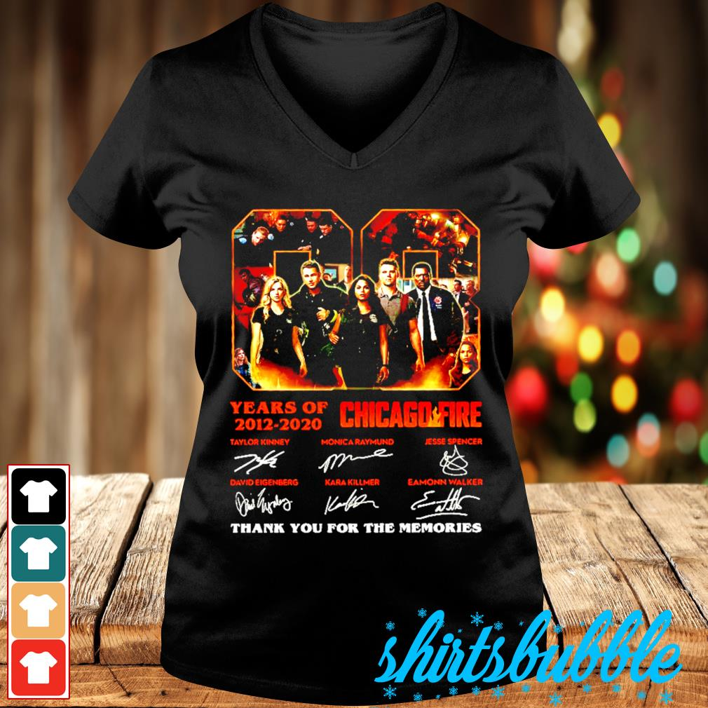 08 Years Of 2012 2020 Chicago Fire thank you for the memories signatures s V-neck t-shirt